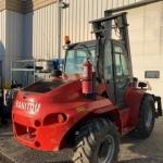 Manitou-06-Forklift,-Masted-Rough-Terrain-M50.4(3).jpg